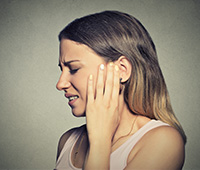 Ear pain Symptoms